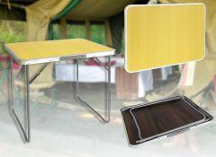 Masa pliabila tip valiza pentru curte, gradina sau camping, dimensiuni 70x50x60cm
