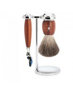 Set de barbierit cu aparat de ras compatibil Gillette Fusion si pamatuf Pure Badger cu par de bursuc si maner din lemn de prun S 81 H 331 F