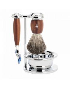 Set de barbierit: aparat ras Fusion,pamatuf par bursuc,maner lemn frasin  S81H331SF